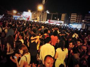 Demo für Sarisülük nachdem der Polizist freigelassen wurde, der ihn erschoss