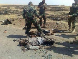Kurdische Peshmerga beim Posieren